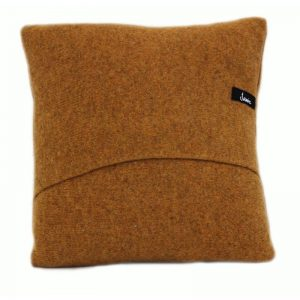 janie knitted textiles 100% wool cushion envelope back