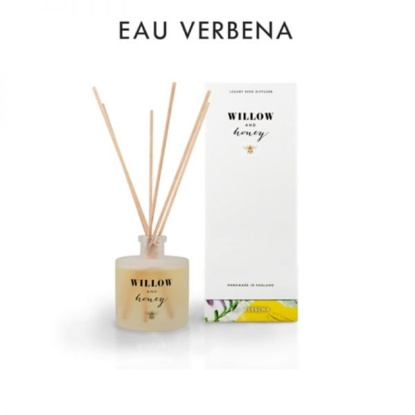 reed diffuser presented in white box fragrance eau verbena