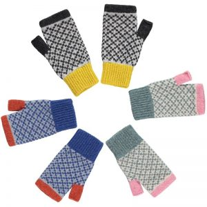 ladies merino lambswool wrist warmers 3 pairs in a circle